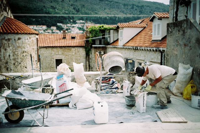 film street photography dubrovnik leica 35mm