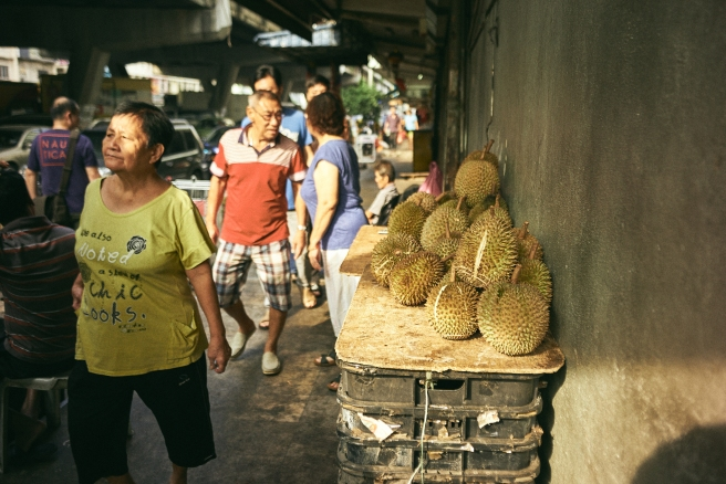 kuala lumpur street photography, king of the fruits